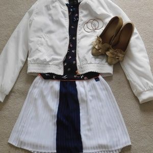 Tommy Hilfiger striped navy and white skirt